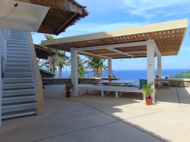 Alon Surf Stay Resort