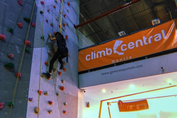 Climb Central Manila, Wall Climbing