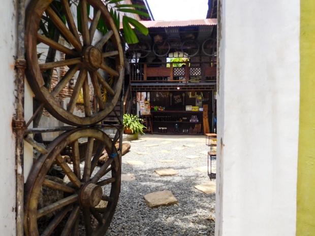 Nanang Sion Vigan Empanada, Okoy