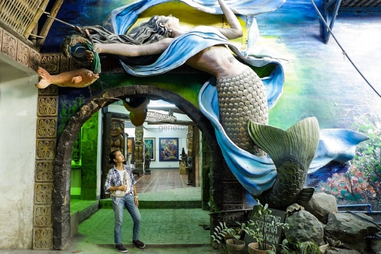Nemiranda's mermaid, sirena sculpture, Nemiranda Arthouse, Atelier Restoran, Angono Rizal